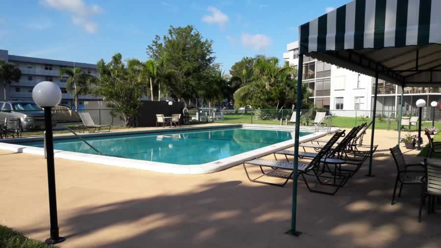 apartment-for-rent-share-pool-3