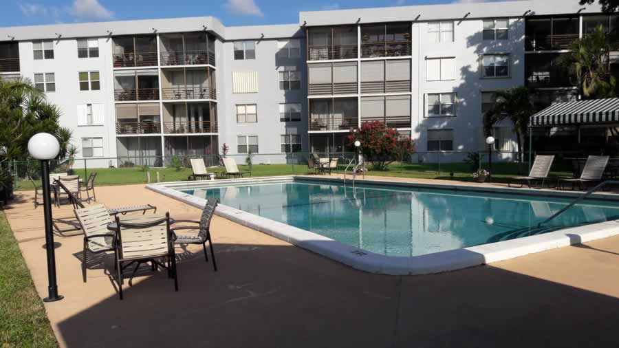 apartment-for-rent-share-pool-2