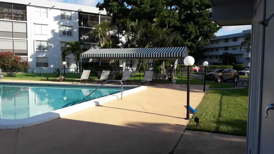 apartment-for-rent-share-pool